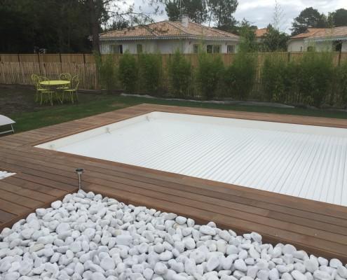 Couverture de sécurité piscine gironde Marine et Blanc Piscines