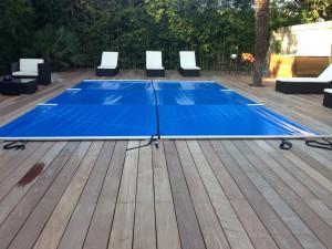 Couverture piscine bordeaux Marine et Blanc Piscines